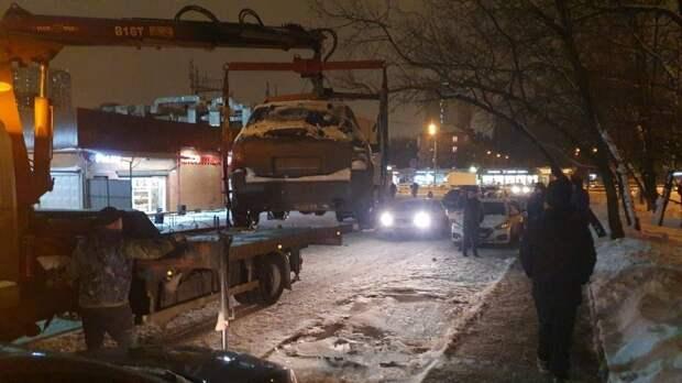Эвакуация / Фото со страницы главы управы Андрея Киселева на Фейсбуке
