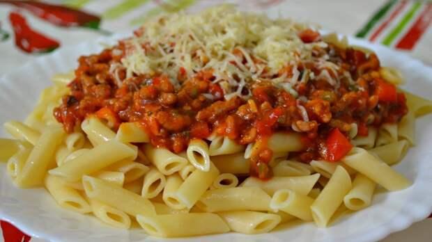 Почему нельзя есть помидоры с огурцами