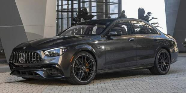 Флагманский Mercedes-AMG E73 - ответный удар BMW M5 CS