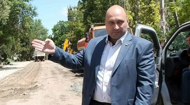 Глава Заксобрания Севастополя заработал в два раза меньше спикера Госсовета Крыма