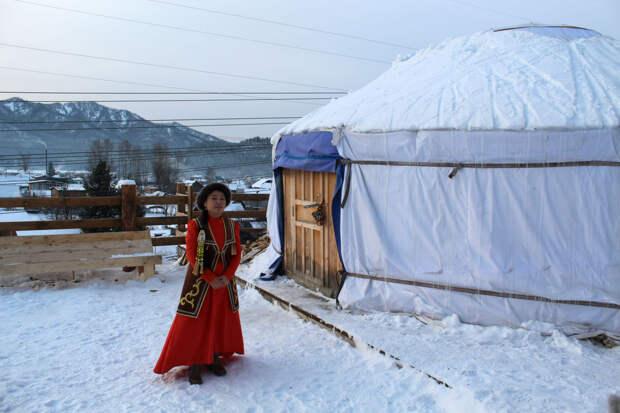 Семь причин приехать в Республику Алтай зимой: от лыжного экстрима до эко-еды