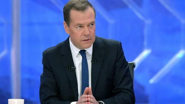 Пенсионерка из Крыма: Еще одного «Но вы держитесь» Медведева мы не переживем