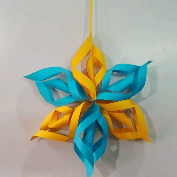Простые объемные новогодние украшения: сделайте свой дом уютнее