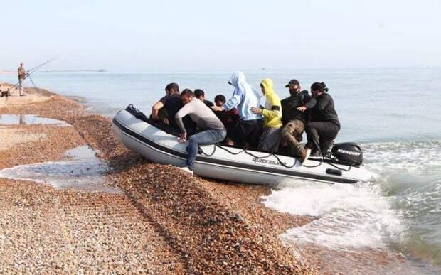 The Independent: Причина наплыва беженцев — американская «война с террором»