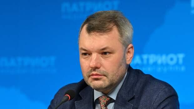 Политолог Солонников позитивно оценил внедрение онлайн-голосования