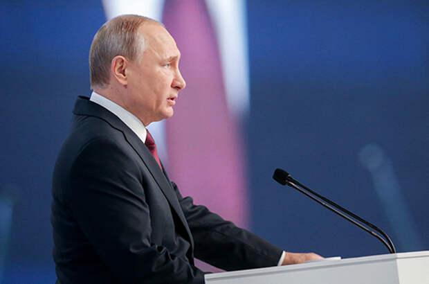 Президент поблагодарил россиян за огромный труд во время пандемии