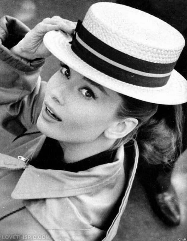 Сегодня день рождения самой прекрасной леди — Одри Хепберн!