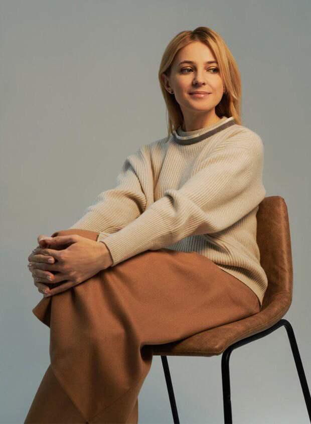 Да и Наталья Владимировна по образованию юрист ,что не мешает ей заниматься политикой государства....