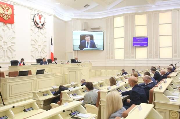Освободившийся мандат депутата Госсовета Удмуртии передали Олегу Караваеву