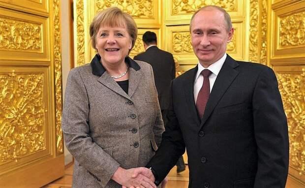 Меркель высказала Путину свое мнение о белорусских событиях