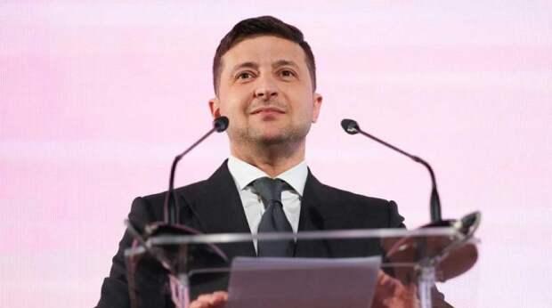 Украинцы высмеяли подражающего Путину Зеленского