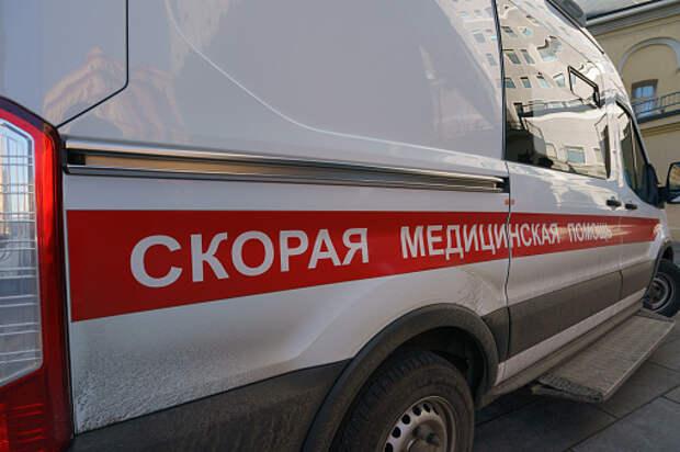 Пострадавшего в аварии на Коминтерна увезли в больницу