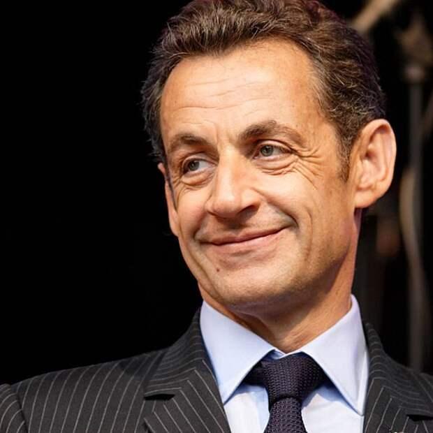 Николя Саркози обвиняют в преступном сговоре с Каддафи