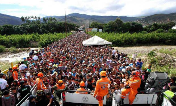 Пешком из Венесуэлы в Колумбию: граница, блок-посты, безысходность