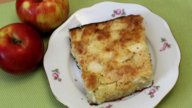 Французская яблочная шарлотка
