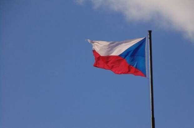 Чехия высылает всех сотрудников консульства РФ в Праге