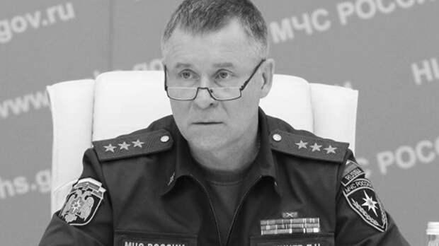 Самолет Ил-76 доставил в Петербург тело трагически погибшего Зиничева