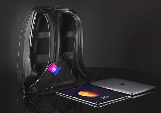 Рюкзак Lumzag обладает и стилем, и интеллектом. /Фото:cdn.shopify.com