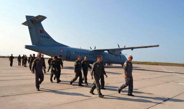 В Азербайджан прибыли первые аэробусы А400М с военными