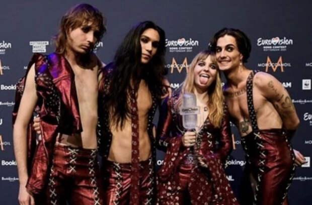 Победителя Евровидения-2021 заподозрили в употреблении наркотиков прямо во время шоу