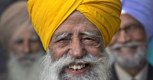 Бегал марафон в 92 года и дожил до 110: как Фауджа Сингх стал самым пожилым рекордсменом