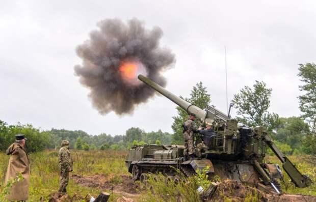 Азербайджан впервые применил в Карабахе 203-мм гаубицы «Пион»