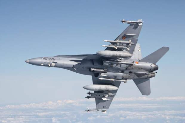 Россию обвинили в отключении датчиков на истребителях ВВС США в Сирии