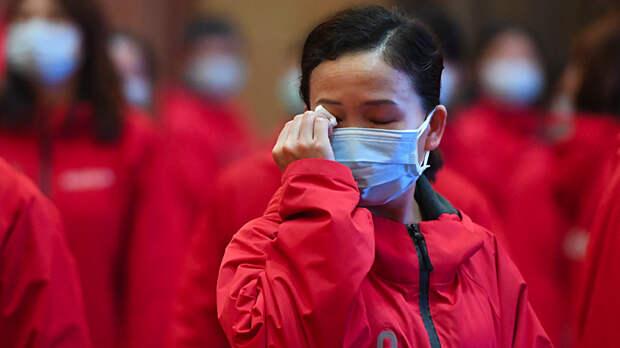 Разрушенные дороги и постовые у подъездов: Как Китай победил коронавирус