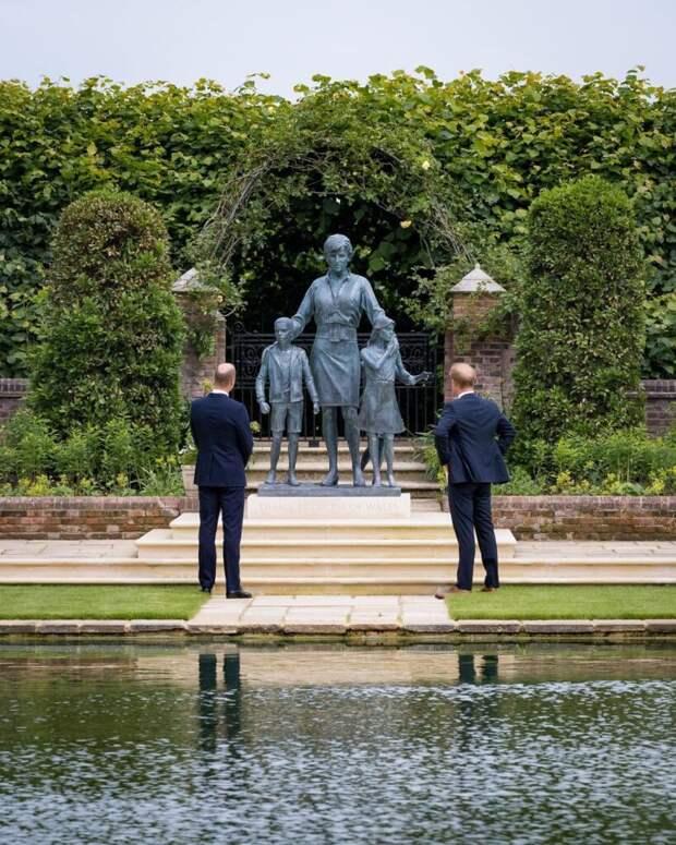 «Пустая трата денег»: британцев возмутил памятник принцессе Диане