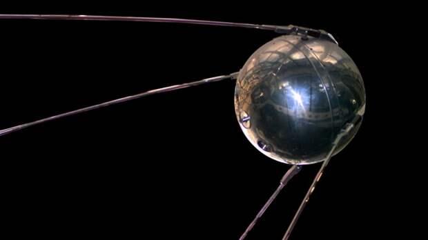 Первые искусственные спутники Земли: «Эксплорер-1» и «Спутник-1»