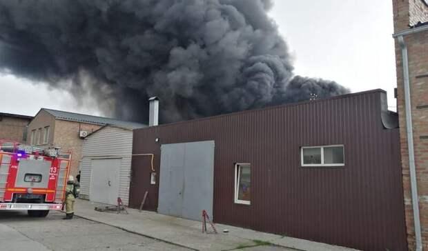 Третий ранг сложности присвоили возгоранию склада вРостове-на-Дону