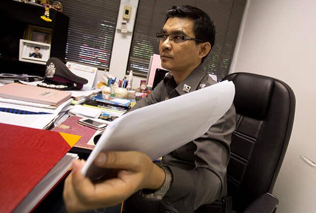 Следователь Деча Промсуван, работавший над делом Мицуоки Сигэты в 2014 году.