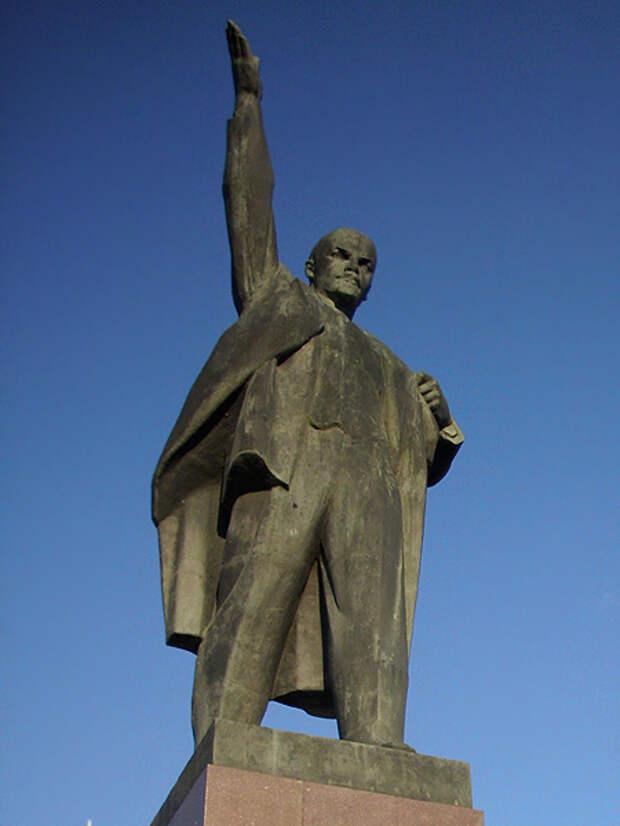 Гордума Тамбова отказалась убирать памятник Ленину