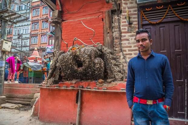 Стоматология по-непальски