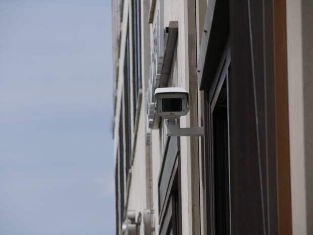 Камеры в сквере на Бажова установят до конца января — управа
