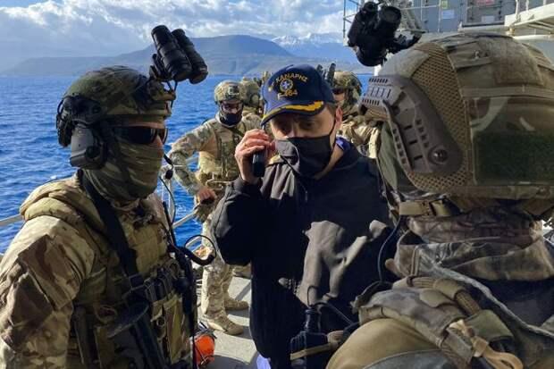 «Морские береты» и «зеленые котики»: немецкое СМИ прогнозирует взятие Крыма