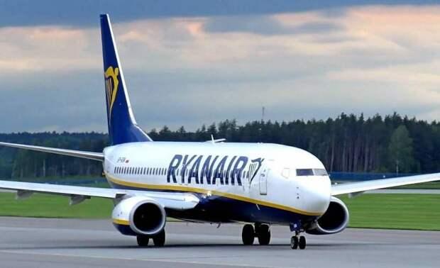 Польская пресса: Пилот рейса Познань-Одесса кричал «вон» украинским пассажирам