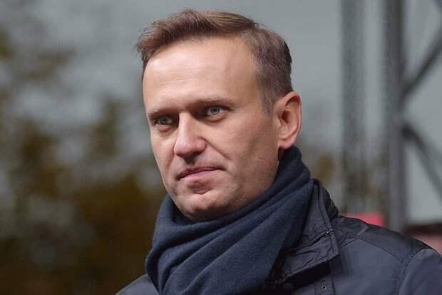 Зачем Навальный все эти годы пытался играть в политику