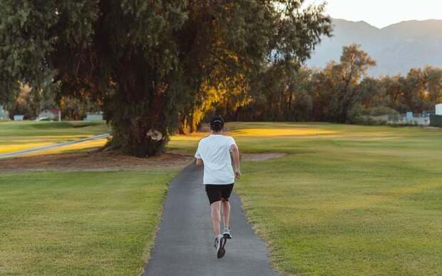 Спорт для ранних пташек: как привыкнуть тренироваться по утрам
