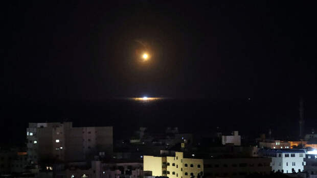 Из сектора Газы выпущены еще около 40 ракет в сторону Израиля