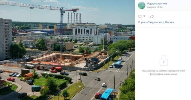 Рабочие приступили к строительству поликлиники на улице Твардовского