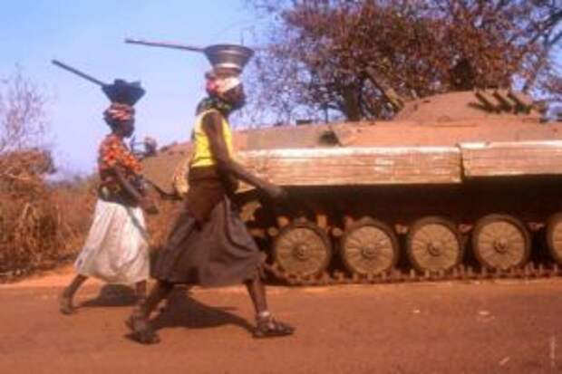 РФ впервые за 20 лет поставит оружие в страну в Африке южнее Сахары