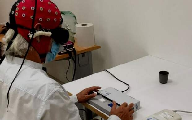 Оптогенетика позволила частично восстановить зрение слепому мужчине