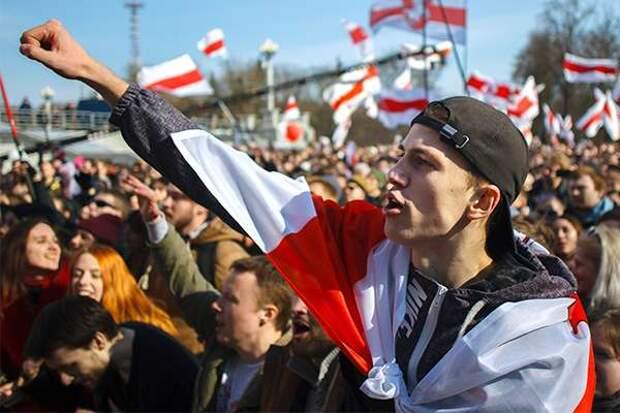 Белоруссию пытаются раскачать по украинскому сценарию