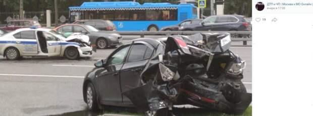 Один человек пострадал в ДТП с участием автомобиля полиции на Ленинградке