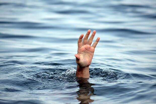 В Тверской области в реке утонул мужчина