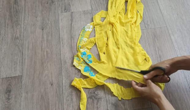 Садовая сетка + ненужные футболки -материалы, из которых можно сделать чудесную и полезную вещь