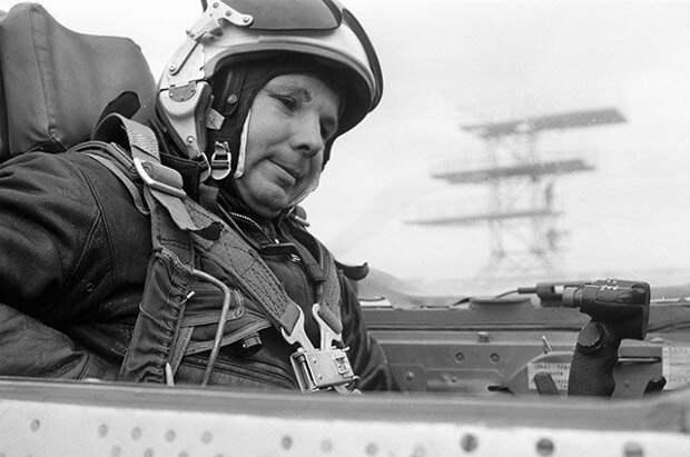 Последний полет Гагарина: как на самом деле погиб первый космонавт