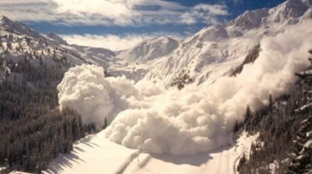 Минимум семь человек стали жертвами схода лавин на востоке Франции