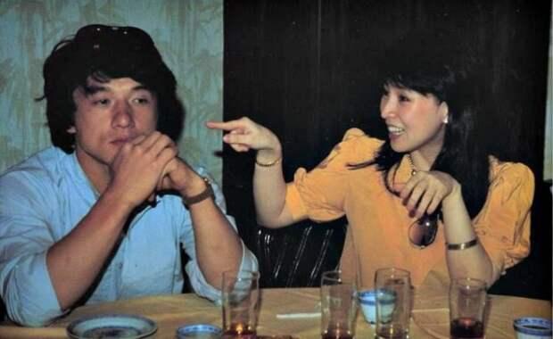 Джеки Чан и Джоан Линь. / Фото: www.kun.uz